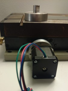 The adapter and stepper motor now fits in the X-Y table